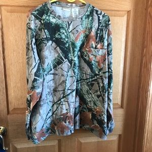 Outfitters ridge long sleeved, camouflage shirt